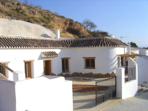 Rural spanish property for sale andalucia spain ref v1265 for Open house spain