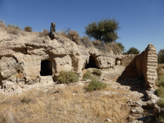 Code: V1613 Property Types: Cave House Bedrooms: 4 Visits: 973